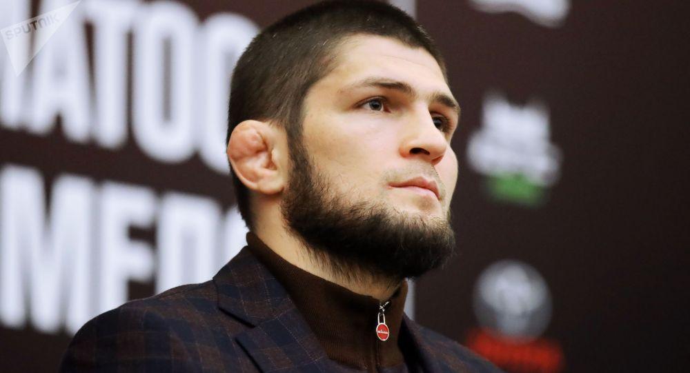 UFC уюмунун жеңил салмактагы чемпиону россиялык мушкер Хабиб Нурмагомедов