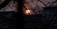 Бишкек: күүгүмдө алоолонгон күн