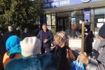 Митинг сотрудников муниципального предприятия Тазалык в Караколе