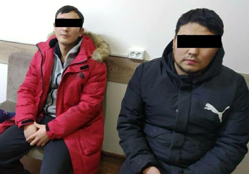 Водитель и пассажир автомобиля, на котором был совершен смертельный наезд на пешехода на улице Термечикова в Бишкеке
