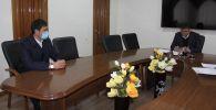 Бүгүн УКМКнын төрагасы Камчыбек Ташиев Савай айыл өкмөтүнүн башчысы Мунарбек Сайпидиновду кабыл алды