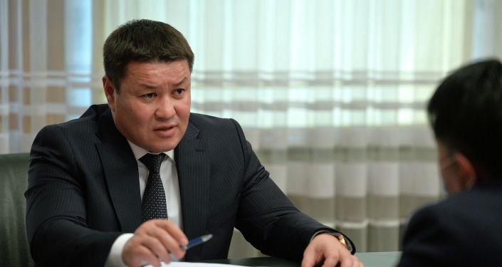Мамлекет башчынын милдетин аткаруучу, Жогорку Кеңештин төрагасы Талант Мамытов