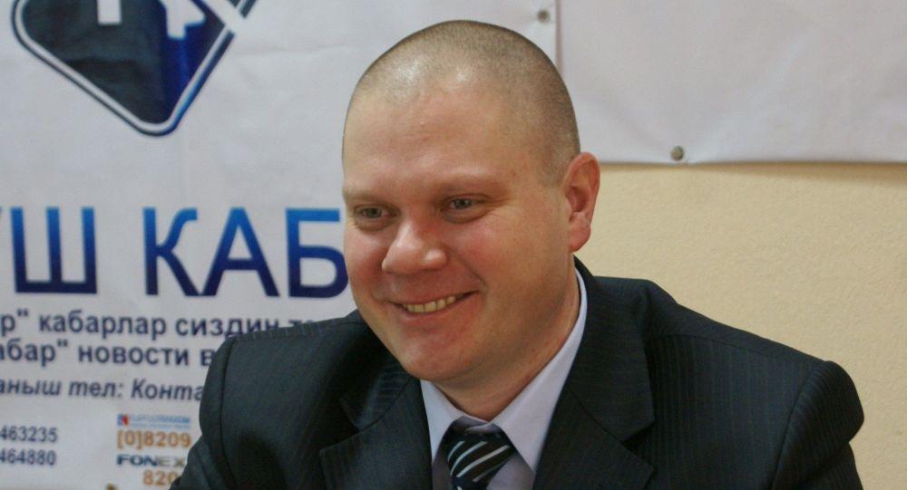Ведущий проекта Разговор со Славой на радио Sputnik Кыргызстан Вячеслав Гончаров