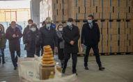 Церемония передачи продовольственной помощи Кыргызстану Российской Федерацией