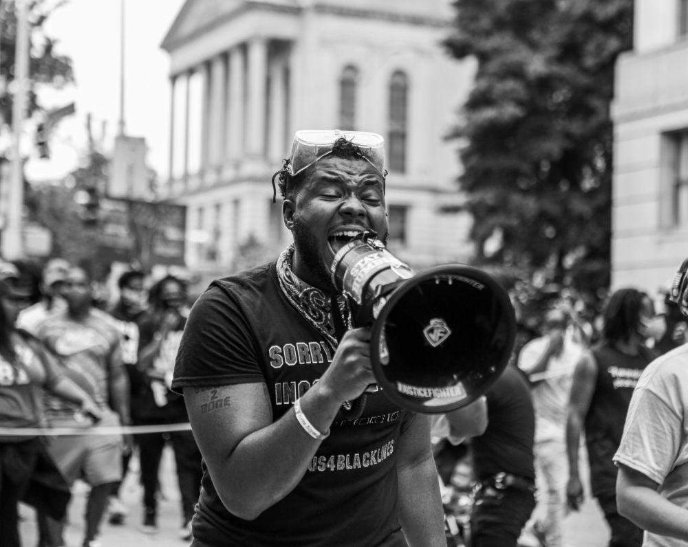 Zek Harris из США сделал этот кадр во время протестов в Атланте