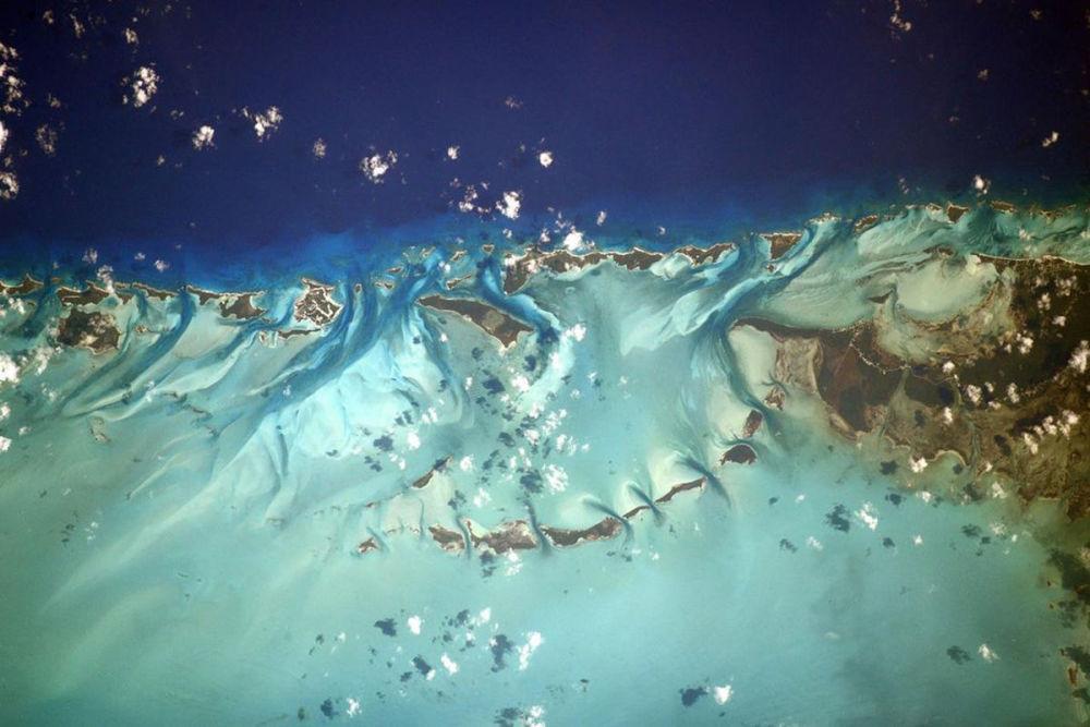 Багамские острова, вид с борта Международной космической станции
