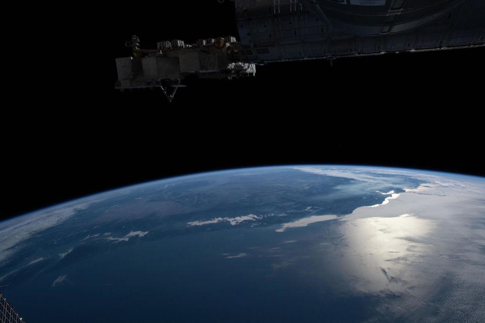 Эл аралык космостук станциянын бортунан тартылган Сан-Франциско кысыгы