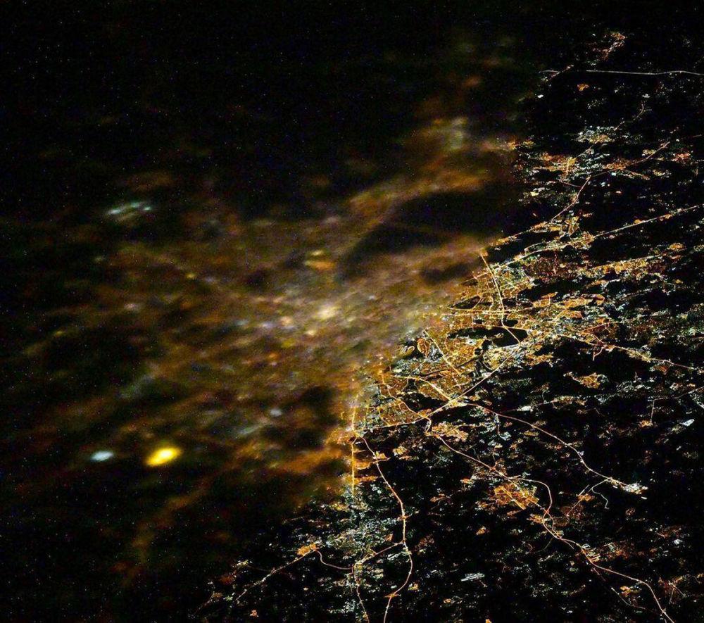 Такой Москву видят космонавты, работающие на МКС