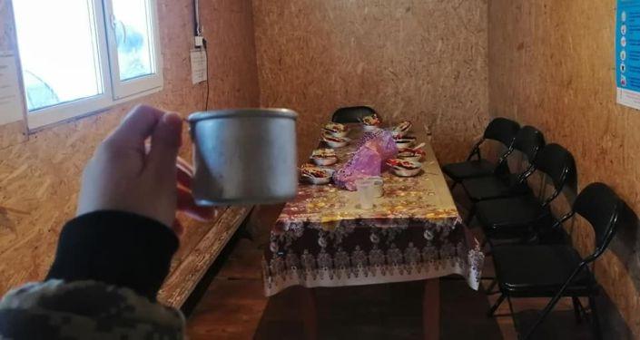 На посту Сосновка по трассе Бишкек — Ошустановили пункты обогрева