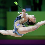Израилдик гимнаст Лина Ашрам көркөм гимнастика боюнча Европа чемпионатында жеңишке жетип алтын медаль тагынды. Биринчилик Украинанын борбору Киевде өттү