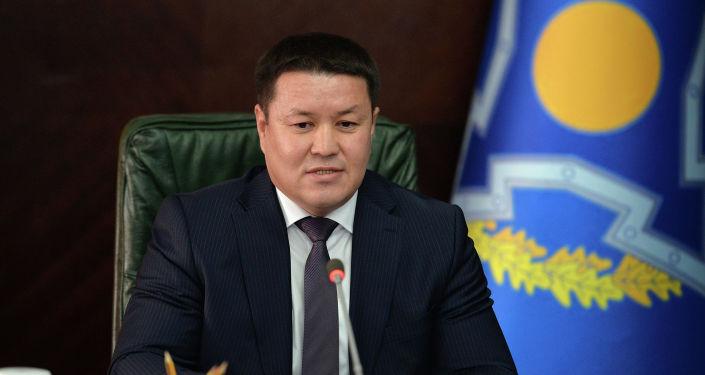 Госорганы Кыргызстана приложат все усилия для проведения честных и конкурентных выборов президента. Об этом заявил и. о. главы государства Талант Мамытов на саммите ОДКБ