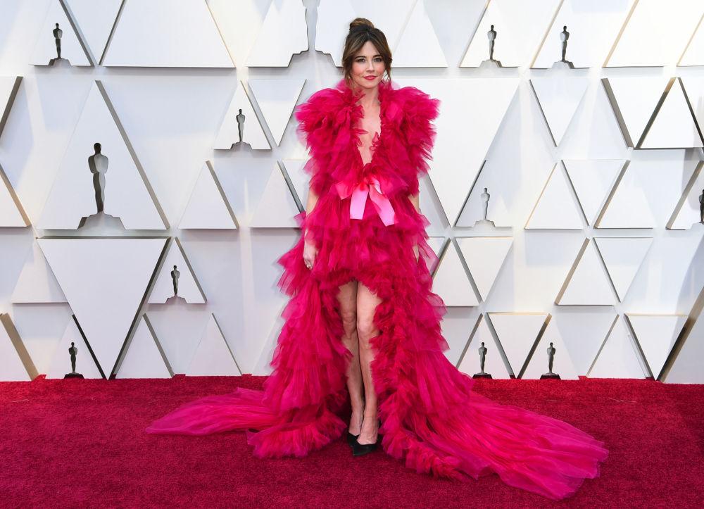 Линда Карделлини на церемонии вручения Оскара