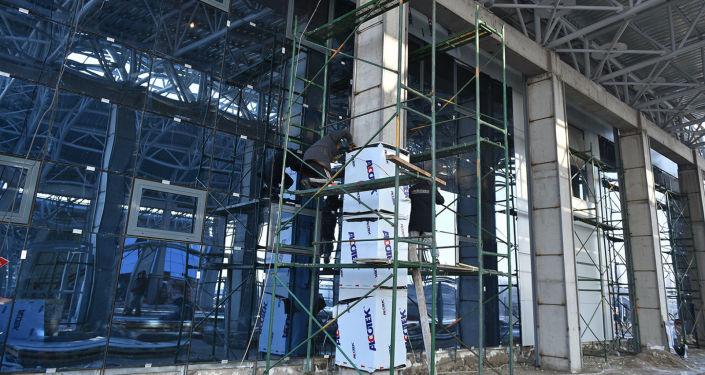При реконструкции контрольно-пропускного пункта предусмотрено строительство комплекса, модернизация инфраструктуры, оснащение современной техникой и оборудованием