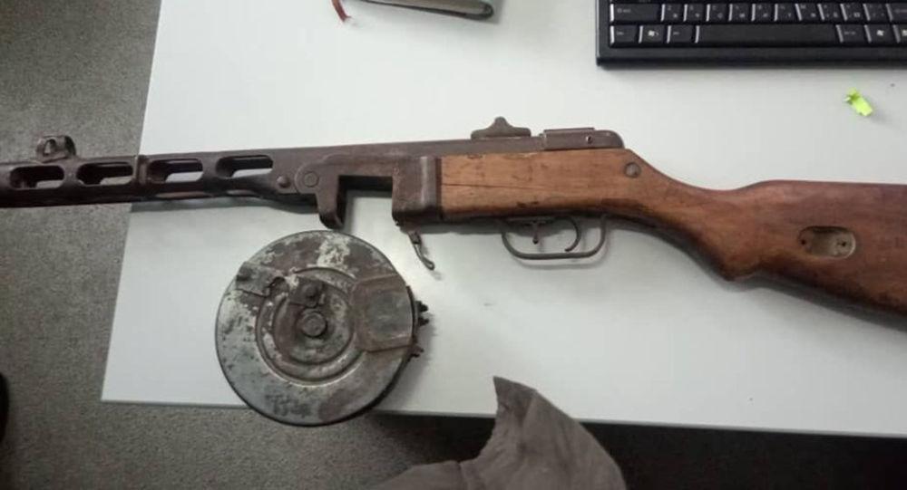 Изъятое оружие времен ВОВ