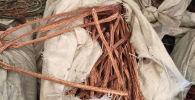 Цветной металл обнаруженный в большегрузной машине из сопредельного государства на посту весогабаритного контроля города Кара-Куль