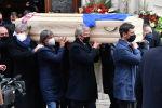 Похороны бывшего итальянского игрока Паоло Росси в Соборе Виченцы. Италия 12 декабря 2020 года