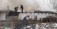 Ысык-Атанын Новопокровка айылына жакын сарайда кечээ чыккан өрт