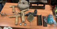 В Токтогульском районе Джалал-Абадской области выявили точку производства наркотиков. Цех обнаружили в доме одного из местных жителей.