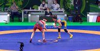 Айсулуу Тыныбекова завоевала золото на индивидуальном Кубке мира по спортивной борьбе, который проходит в Сербии. Всех соперниц она побеждала с разгромным счетом.