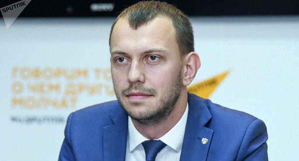 Политолог, кандидат исторических наук, главный редактор журнала Архонт Антон Бредихин