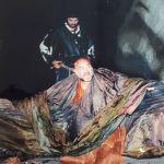 Уильям Шекспир Король Лир пьесасында Глостердин ролунда, 1998-жыл