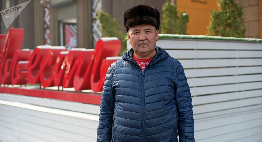 Старший егерь Иссык-Кульской государственной природоохранной зоны Сары-Чат — Ээр-Таш Омурбек Курманалиев