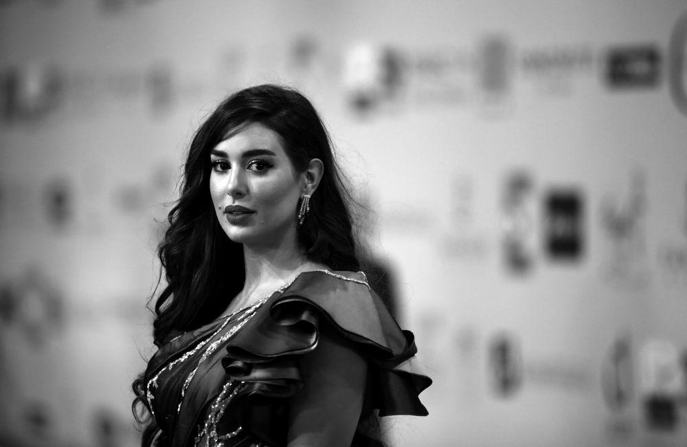 Египеттик актриса Ясмин Сабри