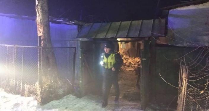 Прибыв на место вызова, патрульные обнаружили, что в доме на улице Багратиона взорвался отопительный котел