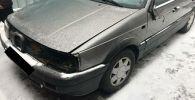 Аялды сүзүп кеткен Volkswagen Passat үлгүсүндөгү унаанын айдоочусу