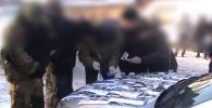 В ГСБЭП обратился гражданин Т. Б., который рассказал, что сотрудник МВД вымогает у него 3 тысячи долларов.