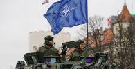 Военнослужащие на учениях НАТО. Архивное фото