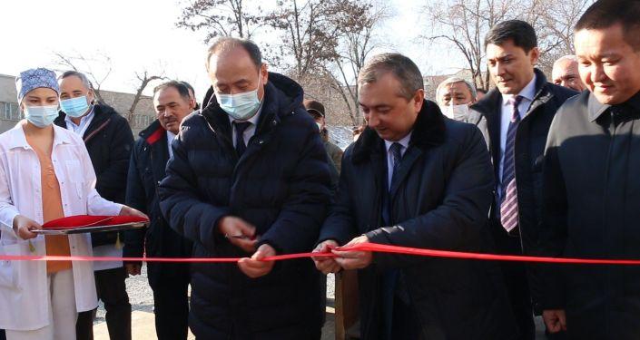 Состоялась церемония открытия двух больниц модульной конструкции (из контейнеров) в Бишкеке