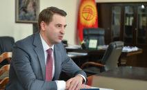 И.о. премьер-министра, первый вице-премьер-министр КР Артем Новиков. Архивное фото