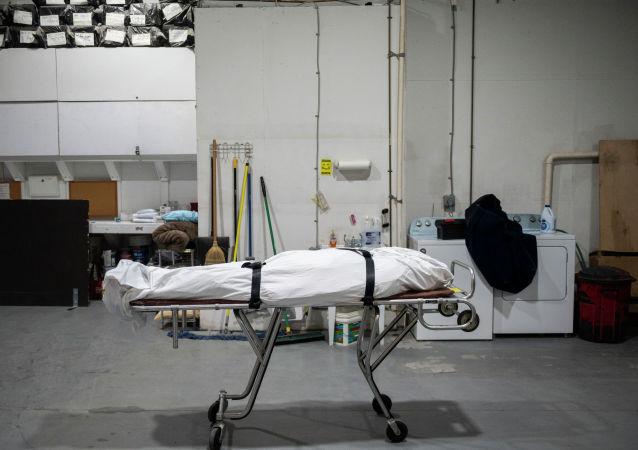 Тело умершего от COVID-19