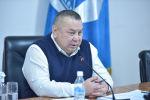 Бишкек шаарынын милдетин аткарып жаткан Балбак Түлөбаев. Архив
