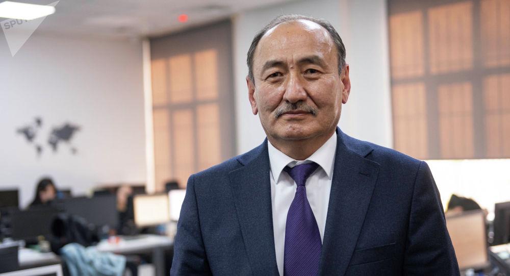 Министр здравоохранения КР Алымкадыр Бейшеналиев. Архивное фото