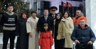 Новогоднее поздравление и.о. президента Таланта Мамытова и представителей разных профессий и слоев общества.