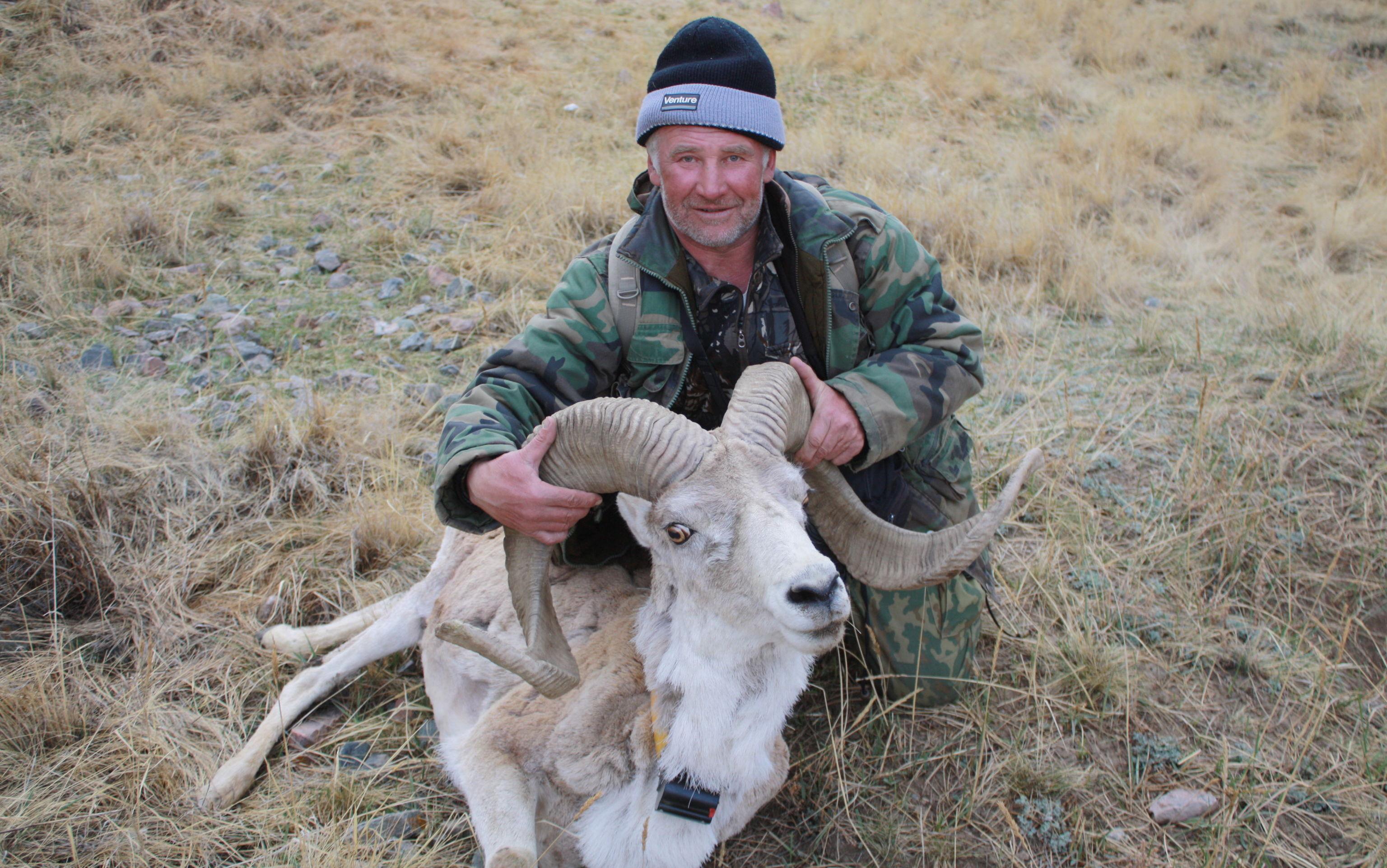 Ведущий специалист по млекопитающим Иссык-Кульского биосферного заповедника Александр Верещагин