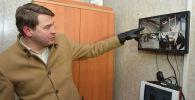 И.о. премьер-министра Артем Новиков во времяпосещения КПП Чон Капка в Таласской области
