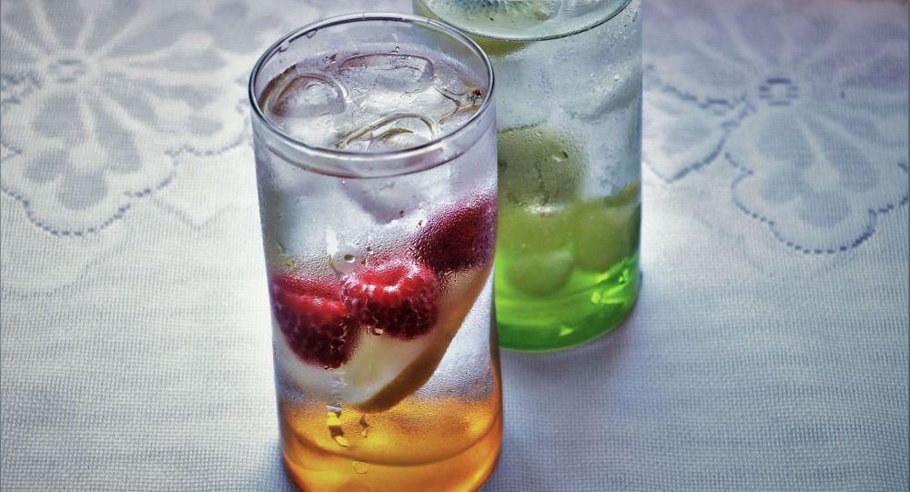 Напито из замороженных ягод. Иллюстративное фото
