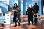 Подготовка избирательного участка в Бишкеке.