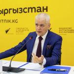 Эпидемиолог сообщил, что возрастных ограничений для прививки Cпутник V нет, а также ответил сомневающимся в том, что Россия разработала вакцину от коронавируса