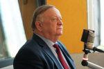 Координатор группы наблюдателей от МПА, депутат Госдумы РФ Виктор Заварзин во время беседы на радио Sputnik Кыргызстан