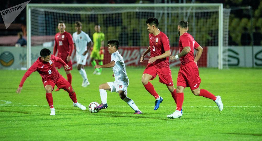 Кыргызстан — Мьянма футбол оюну. Архивдик сүрөт