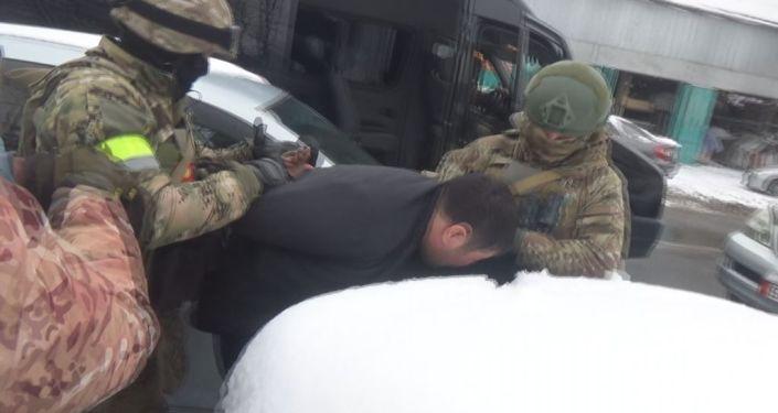 Задержан кримавторитет Алтынбек Ибраимов по прозвищу Алтуха и водворен в изолятор временного содержания СИЗО ГКНБ. 13 января 2021 года
