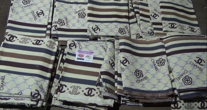 Тюменские таможенники задержали контрафактные товары из Кыргызстана на 22 миллиона рублей
