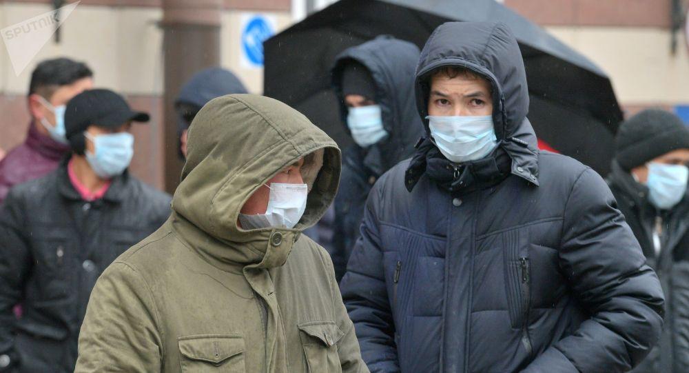 Мигранты в Санкт-Петербурге. Архивное фото