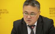 Финансы министри Кыялбек Мукашев Sputnik Кыргызстан агенттигинде өткөн маалымат жыйында