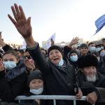 Бишкектин Ала-Тоо аянтында Садыр Жапаровдун шайлоодогу жеңишине арналган концерт өттү