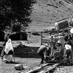 Киночулар Казакстандын ээн талаасында, Кыргызстандын бийик тоолуу аймагында эмгектенген